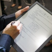 Sony's New 13.3 E Ink PDF Reader Protoype