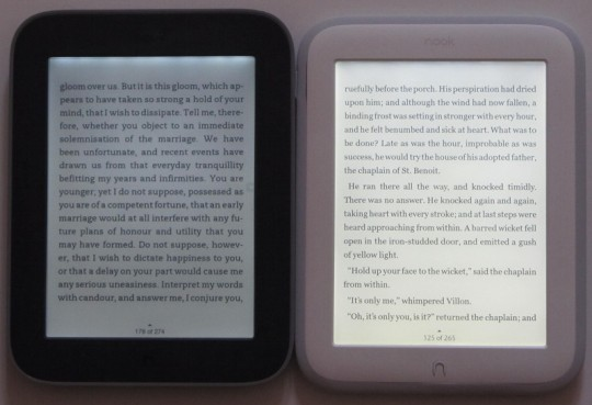 nook-glowlight-vs-nook-glow