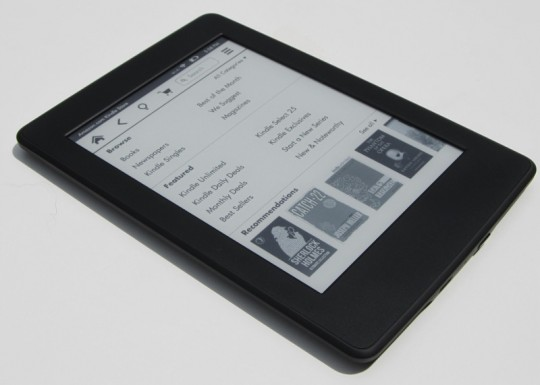 Kindle Paperwhite 3 angle
