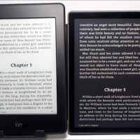 Kindle Oasis vs Kindle Paperwhite