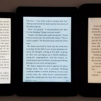 Kobo Clara HD orange lights
