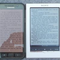 Phone vs eReader